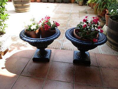 Jardineras De Hierro Fundido Antiguas Restauradas En Color Azul / Antique Fused 3
