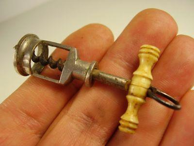 Antiker sehr Seltener kleiner Patent Korkenzieher vor 1900 Höhe : 5,3cm