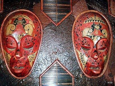 Quadro Etnografico Tribale Con Maschere In Legno. 3