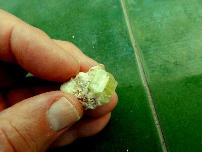 """Minerales """" Fantasticos Cristales De Apatito(Gema) De Marruecos  -  10F18 """" 3"""