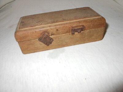 Alte Gewichte aus Messing für Waage im Holzkasten 8 Gewichte 3