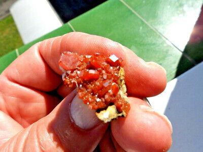 """Minerales"""" Fantasticos Cristales Biterminados De Vanadinita Marruecos-10N18 """" 3"""