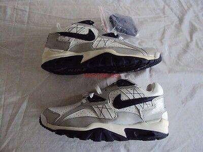 Jetzt zuschalgen!Nike Air Zoom Vomero 10 Women Fuchisa