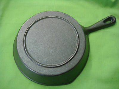 CAST IRON FRYING PAN SKILLET 20cm TOP DIAMETER BRAND-NEW W/HANDLE STRONG ROUND 9