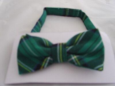 DD>Tartan-Green/Black Polyester Bow Tie + Cummerbund & Hanky Set>P&P2UK>1st Clas 2