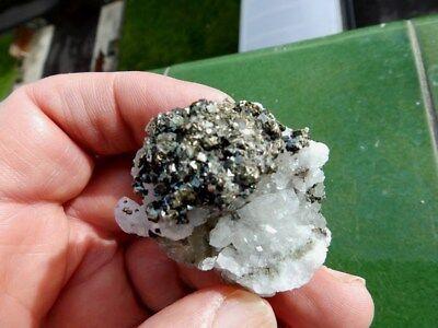 """Minerales """" Bonitos Cristales De Calcopirita De El Hamman  Marruecos - 12B17 """" 2"""