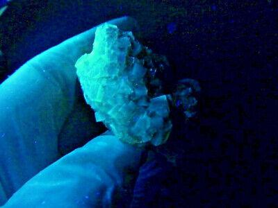 "Minerales "" Fantasticos Cristales Fluorescentes De Fluorita(Asturias) -  8B18 "" 10"