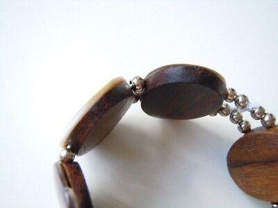Großes Armband mit Holz/Perlmutt & silberfarb. Kugeln 31,3 g/Ø ca 5 cm ungedehnt