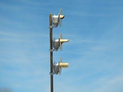 2195 HO Scale Dwarf Pole Mount Searchlight Signal Kit TypeSA LED Light Capable