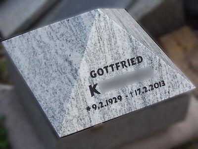 Liegestein Granit 30x30x10cm Grabstein Grabplatte Gedenkstein Grabmal Urnenstein