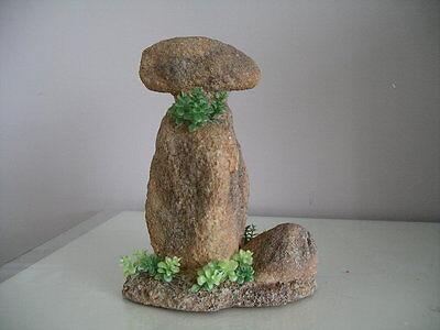Aquarium Detailed Rock Formation Ornament  & Plants 14.5 x 8.5 x 10.5 cms 3