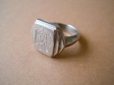 Alter Siegelring Ring Monogramm EW oder WE Metall unbekannt 5,1 g /RG 51