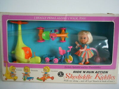 1967 Skediddle Kiddles Popup Town By Mattel Awesome Condition Clean /& Vibrant