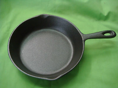CAST IRON FRYING PAN SKILLET 20cm TOP DIAMETER BRAND-NEW W/HANDLE STRONG ROUND 2