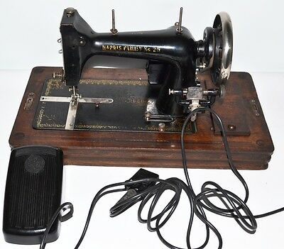 1930's HARRIS FAMILIY 2H Sewing Machine with Electric Motor -FREE P&P [PL2107] 2