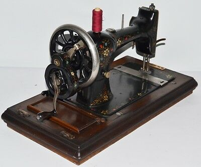 1920's S. Davis & Co Hand Crank Sewing Machine - FREE Delivery [PL2106] 3