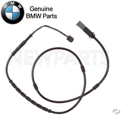 For BMW F22 F30 F32 F33 F34 228i 328i 330e Front Brake Pad Set w// Sensor Akebono
