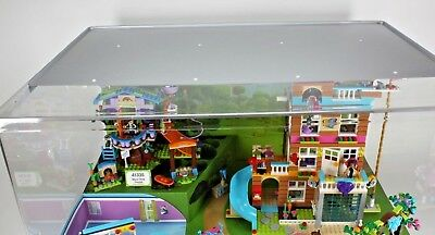 New In Box Lego Friends Toys R Us Exclusive Lighted Store Display