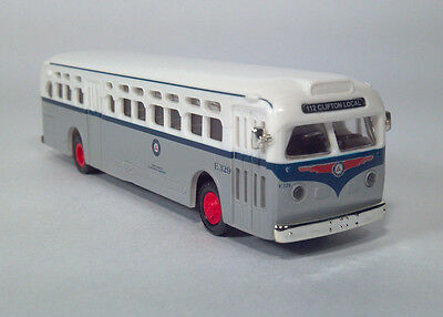 Classic Metal Works # 32306 GMC TD 3610 Transit Bus Red w//Cream Roof HO MIB