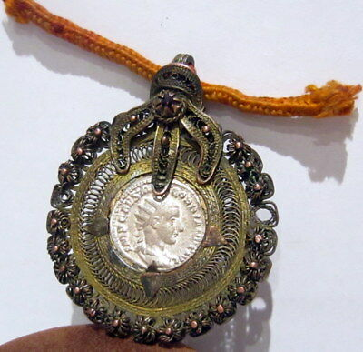 ROMAN STYLE SILVER ANTONINIANUS SET IN OLD VICTORIAN 1800s.GOLD PLATED MEDALLION 3