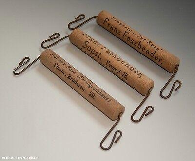 3 x Holzgriffe bzw. Tragehilfe für Tüten mit Drogerie Reklame um 1900
