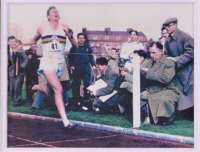 Roger Bannister - Hand-Signed & Authenticated - 1954 3