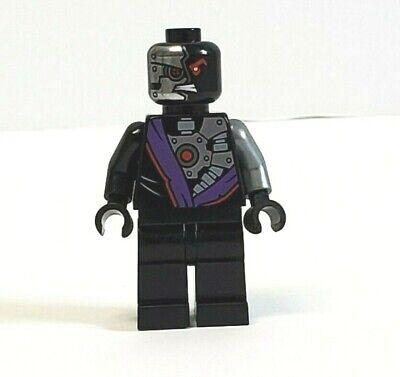 Lego Ninjago Nindroid Warrior w Neck Bracket Minifigure 70725 njo096