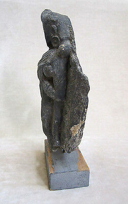 ANCIENT GANDHARAN SCHIST STONE SCULPTURE OF A FEMALE DEITY, circa 200 AD 6