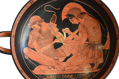 Achilles binding Patroclus wounds Kylix - Sosias Painter - Berlin Museum Replica