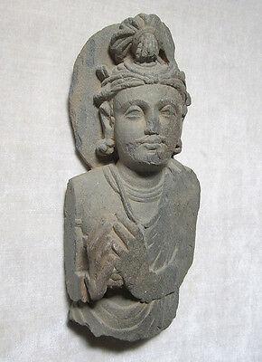 ANCIENT GANDHARAN SCHIST STONE SCULPTURE BUST OF BODHISATTVA, circa 200 AD 2