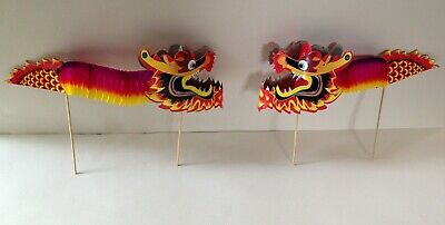 Traditional Chinese accessory set - blue parasol & fan and 2 concertina dragons 6