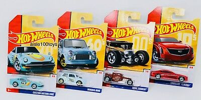 Hot Wheels 2019 Target Throwback Edition Set of 8 1//64 Diecast Cars GBB85-999B