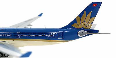 Gemini Jets Vietnam Airbus A330-200 GJHVN1570 1//400 REG# VN-A376 New