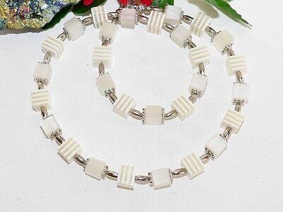 Halskette Kette Resin Harz Würfel weiss Kugel Modeschmuck  021g