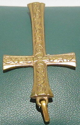 OUTSTANDING VINTAGE BRASS CROSS,ENGRAVING,EARLY 20th. Century !!! # 40A 5