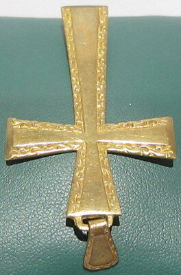 OUTSTANDING VINTAGE BRASS CROSS,ENGRAVING,EARLY 20th. Century !!! # 42A 5