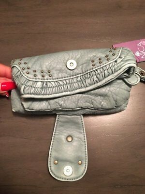 NWT Nica London Sea Breeze Rowan Studded Fish Wristlet Clutch Bag Distressed 4