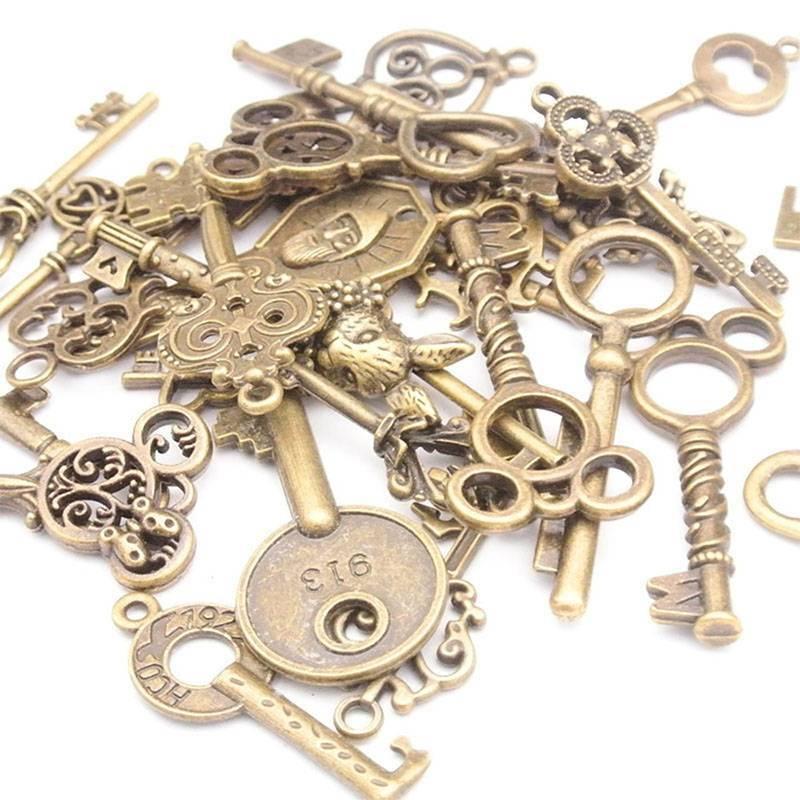 100g Antique Vintage Old Look Bronze Skeleton Keys Fancy Heart Bow Pendant 2