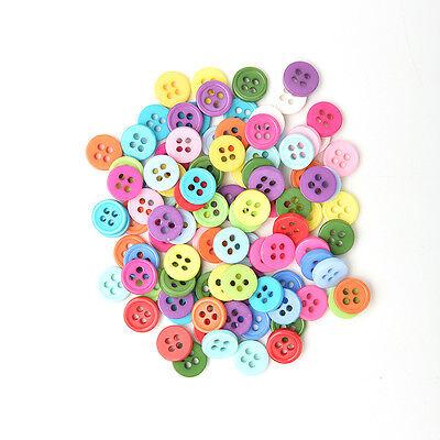 100 Stück Mischfarbe Tasten 4 Löcher Kinder DIY Handwerk 10mm 5 Größen BCDE 10