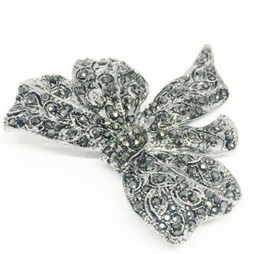 Vintage Enamel Art Deco Rhinestone Bow Tie Silvertone Pin Brooch Trinkets kim 3