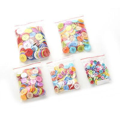 100 Stück Mischfarbe Tasten 4 Löcher Kinder DIY Handwerk 10mm 5 Größen BCDE 3