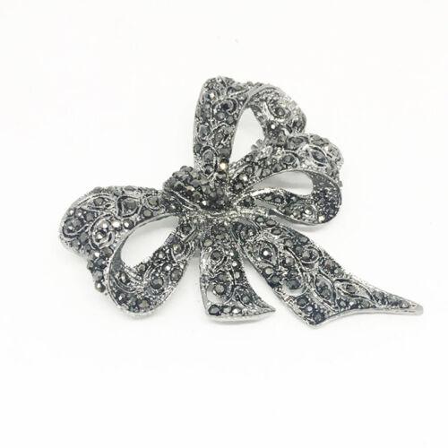 Vintage Enamel Art Deco Rhinestone Bow Tie Silvertone Pin Brooch Trinkets kim 4