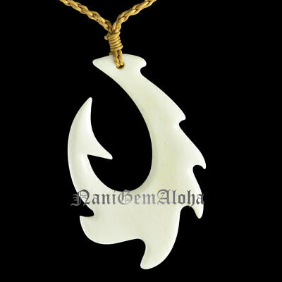 Hawaiian Jewelry Carved Fish Hook Buffalo Bone Necklace from Hawaii