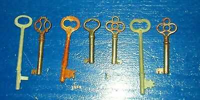 Lot of 7 skeleton antique church keys steampunk jewelery Clover Bow 2