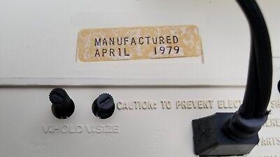 GE SCULPTURE VINTAGE TELEVISION MOD SPACE AGE RETRO 1979 BLACK & WHITE TV Mint 7