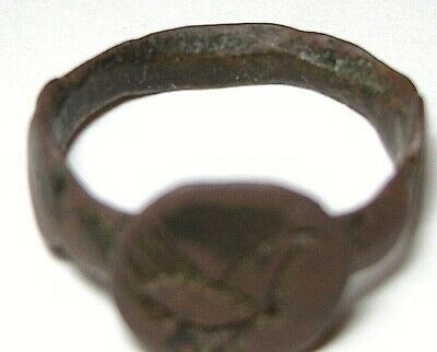 Ancient Rare Medieval bronze finger ring seal with Sacred Bird on Bezel 8