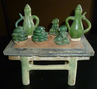 Fine Ming Dynasty Chinese Table with Two Vases and Four Offerings 2