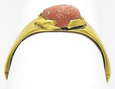 3rd century AD Ancient Roman gold finger ring Henig type VIII coral glass gem 8