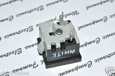 1pcs-EAGLE (Cooper Wiring) 49-7BK-BU 15A-125V Outlet - Snap in Receptacle 3