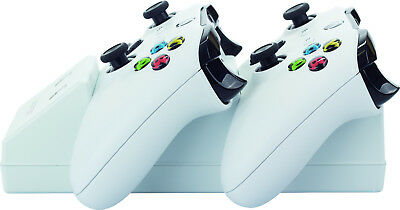 Venom Xbox One Twin Charging Station with 2 Rechargeable Battery Packs - White 2
